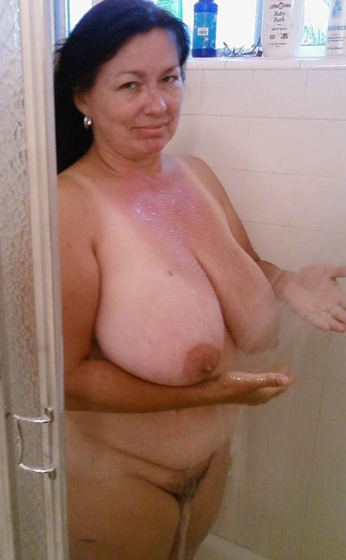 Granny Tits. Granny boobs. Mature Tits sex!