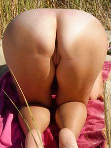 Горячие попки голых девушек